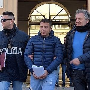 """Palermo, aggressione a sfondo razziale: undici arresti. Il gip: """"La responsabilità è anche del clima politico che si respira"""""""