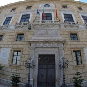 """Palermo, Comune: dopo l'inchiesta opposizioni all'attacco. """"Sindaco in aula e stop al tram"""""""