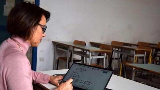 Coronavirus Sicilia, scuola: arrivano i contributi per pc e tablet agli studenti svantaggiati