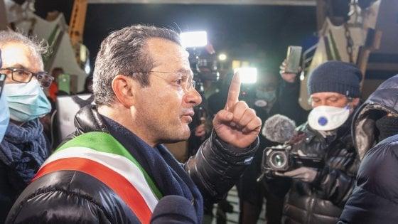 """Coronavirus Messina, il sindaco Cateno De Luca: """"Droni con la mia voce per farvi stare a casa"""""""