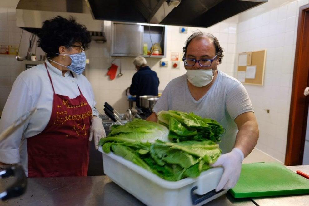 Coronavirus, a Palermo gli ultimi trovano una casa