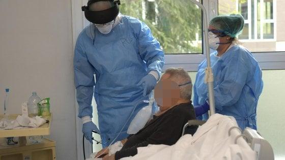 Coronavirus, la Regione autorizza il distretto Meccatronica: primo ordine da 100 mila mascherine