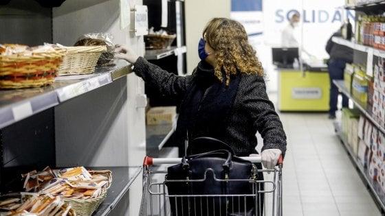 Coronavirus, il Comune di Palermo stanzia 5 milioni per l'assistenza alimentare a 12 mila famiglie