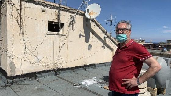"""Coronavirus, il pensionato di Palermo che faceva grigliate sui tetti ora ha un agente: """"1.500 euro per una intervista"""""""