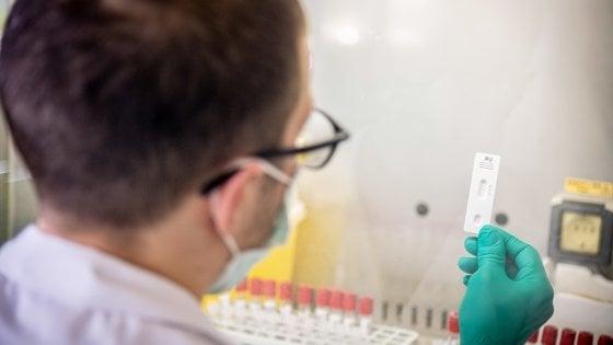 Coronavirus, barbiere a domicilio positivo: 40 famiglie in quarantena nel Nisseno