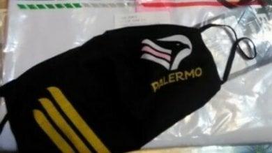 Coronavirus, mascherine col logo del Palermo in vendita: diffida della società