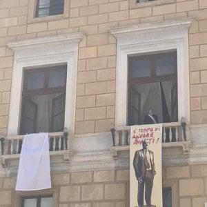 """Palermo, l'opera di TvBoy su Falcone con la scritta """"E' tempo di andare avanti"""""""