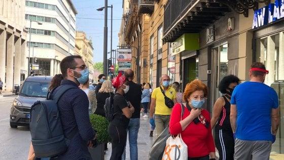 "Coronavirus, la Regione chiarisce: ""Mascherine obbligatorie in strade frequentate"""