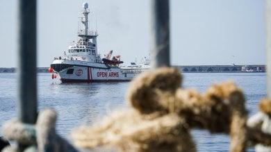 Ragusa, consigliere 5 stelle denuncia sbarco immigrati: ma erano diportisti di Palermo