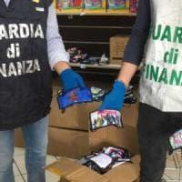 Catania, mascherine contraffatte anche per bambini sequestrate dai finanzieri