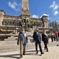 Palermo, l'alzabandiera al Teatro Massimo per le celebrazioni per la Festa della Repubblica