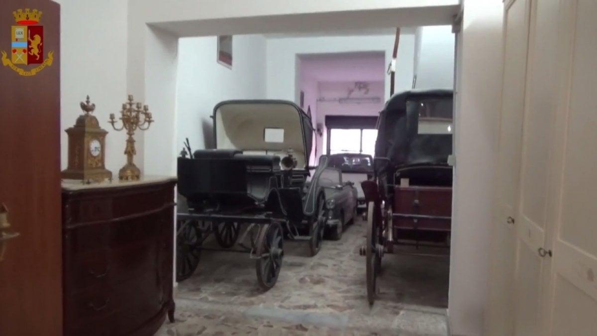 Catania, sequestro di beni al clan Santapaola: ci sono anche carrozze di pregio