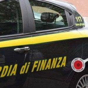 Caltanissetta, blitz antiassenteismo alla Regione: sospesi dieci funzionari dell'ufficio appalti