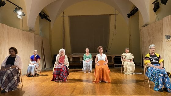 """""""Focolaio"""", lo studio scenico di Lina Prosa sulla strage di anziani nelle Rsa"""