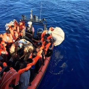 Sicilia, ricominciano gli sbarchi: 116 migranti arrivati in poche ore a Lampedusa