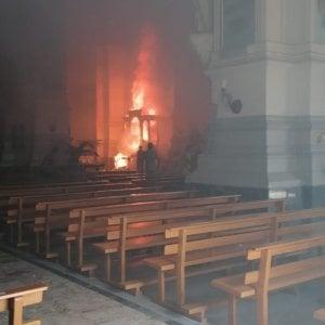 Agrigento. incendio nella chiesa madre di Favara: bruciano l'organo e i dipinti