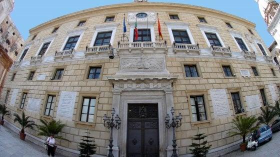 Palermo, Orlando annuncia: sconto sulla Tari 2020 per le imprese