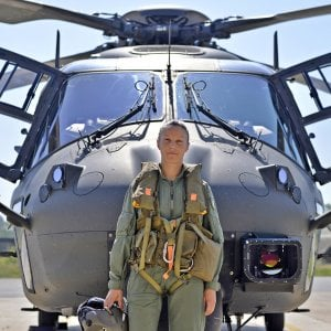 Maresciallo Stefania: da Gangi alla cloche del super-elicottero