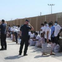 Lampedusa, oggi arriva la nave quarantena