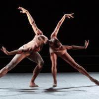 Palermo, il balletto del Massimo tra baci e distanziamento