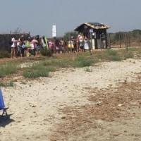 Noto, spiaggia di Vendicari a pagamento: protestano i residenti