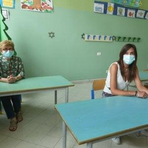 """Banchi a incastro e addio mensa Nella scuola multietnica duecento alunni sono """"dispersi"""""""