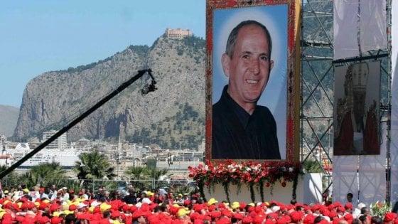 """Palermo, padre Puglisi ucciso 27 anni fa. Casellati: """"Simbolo di una Chiesa che non si piega alla mafia"""""""