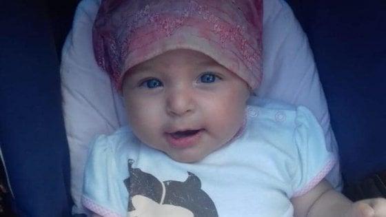 La bimba morta dopo un intervento a Taormina: i periti della procura accusano i chirurghi