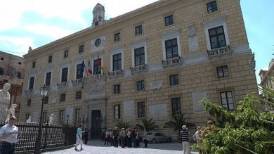Comune di Palermo, sconto sulle tasse ai commercianti colpiti dall'emergenza