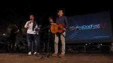 Salina Doc Fest Morandi sul palco  con Ficarra e Picone