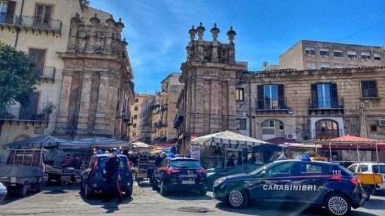 Palermo, da rapinatore a capo dei pusher nel mercato del Capo, 11 arresti