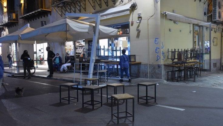 Sicilia, Musumeci prende tempo sulle deroghe al mini lockdown: mugugni anche nella maggioranza