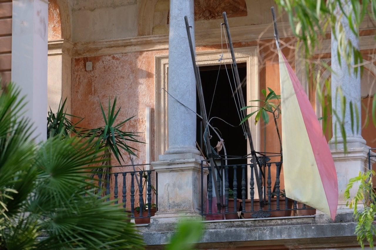 Crollo nella scuola media Garibaldi di Palermo, nessun ...
