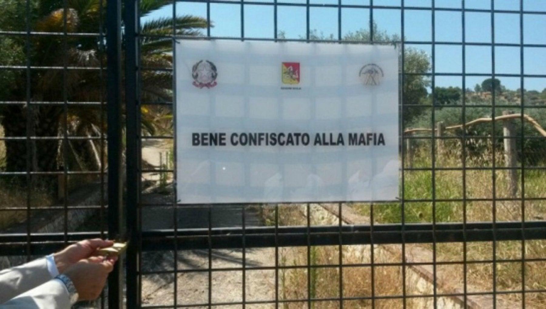 Beni confiscati alla mafia, il flop della gestione statale: attive solo 39  imprese su 780 - la Repubblica