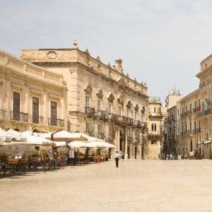 174723206 c2939969 308d 4cb8 baca a15e6de46eee - Vivere a quasi 50 gradi in Sicilia: l'arte di stare immobili nell'isola bollente