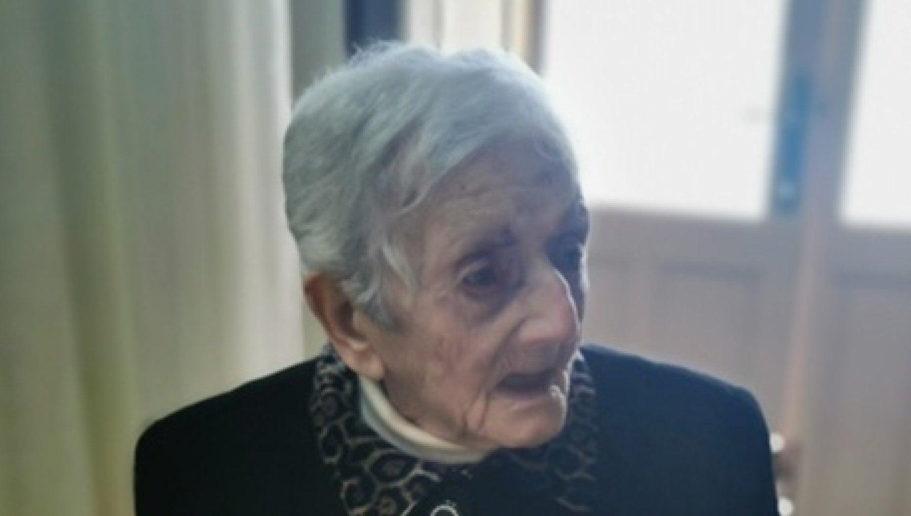 """123515492 e04d232b b350 4025 82bc 4ca632706275 - Morta a 105 anni la """"nonnina"""" delle Eolie"""
