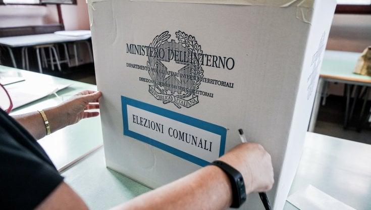 Domani alle urne 10 Comuni: al voto 300mila siciliani