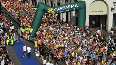 Parma di corsa, foto:  i volti 1   -   2         Foto: la partenza   /   i vincitori