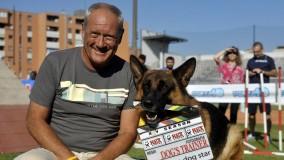 Foto: cani con i loro migliori amici    Ospite d'onore il commissario Rex