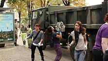 L'Esercito in via Po    Mandaranci in via Enza