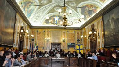 """Alluvione, dibattito in Consiglio    Residenti: """"Non lasciateci soli"""" - vd     Scintille tra Pizzarotti e minoranza - vd"""