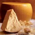 Rivendono 1.600 kg di parmigiano rubato, 6 denunce