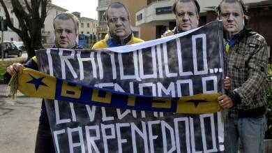 Tifosi del Parma nel paese di Ghirardi   Le foto da Carpenedolo 1   -   2   /   Il video