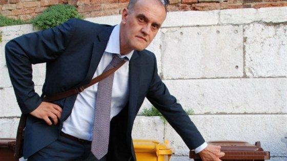 Dalle luci a vapore ai chip per i rifiuti le idee dei Comuni più virtuosi d'Italia