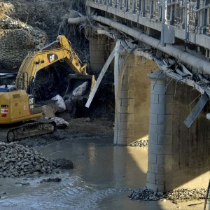 Ponte dei Carrettieri, lavori per il deflusso del Baganza