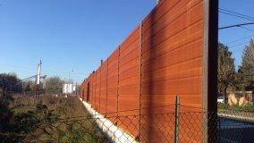 Barriera arrugginita in strada Farnese