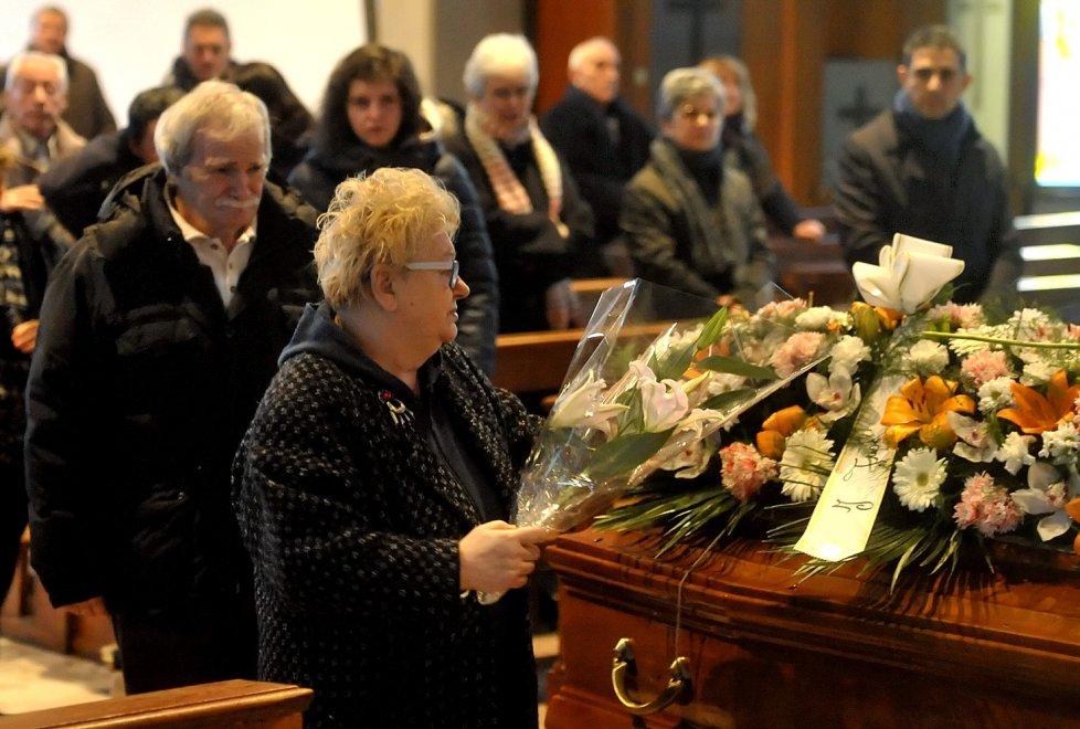 Il funerale di Alessia Della Pia