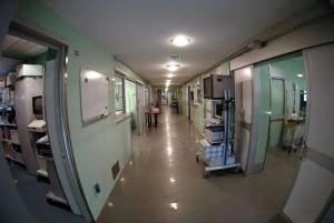 Bambino nasce senza gambe a Parma, genitori pronti a fare causa