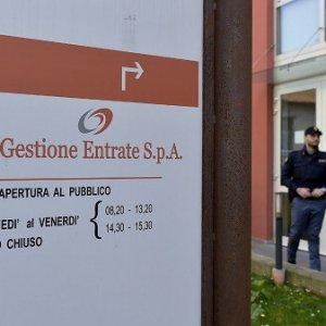 Parma Gestione Entrate, il caso finisce in Parlamento