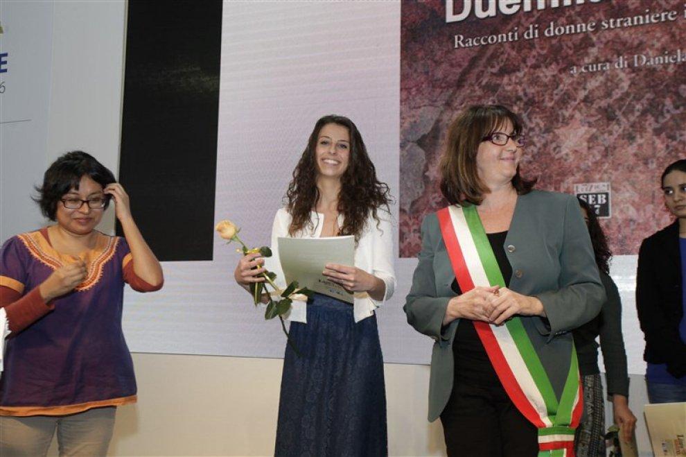 Salone del libro di Torino, premiata la scrittirice Jacqueline Nieder